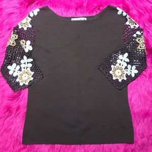 Joseph A. - Brown Top With Crocheted Sleeves Sz L